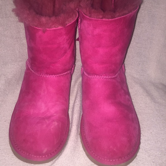 Hot pink Bailey bow Uggs
